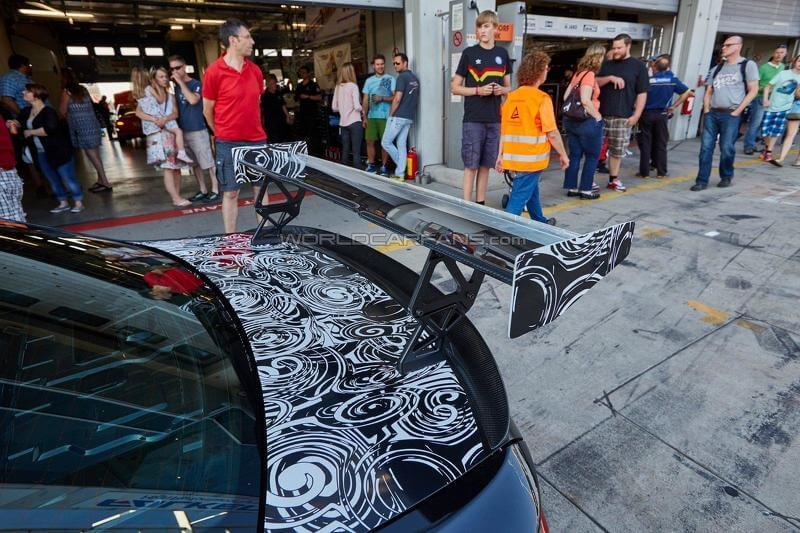 2015-5900772016-bmw-m235i-racing-racing-cup-spy-photo