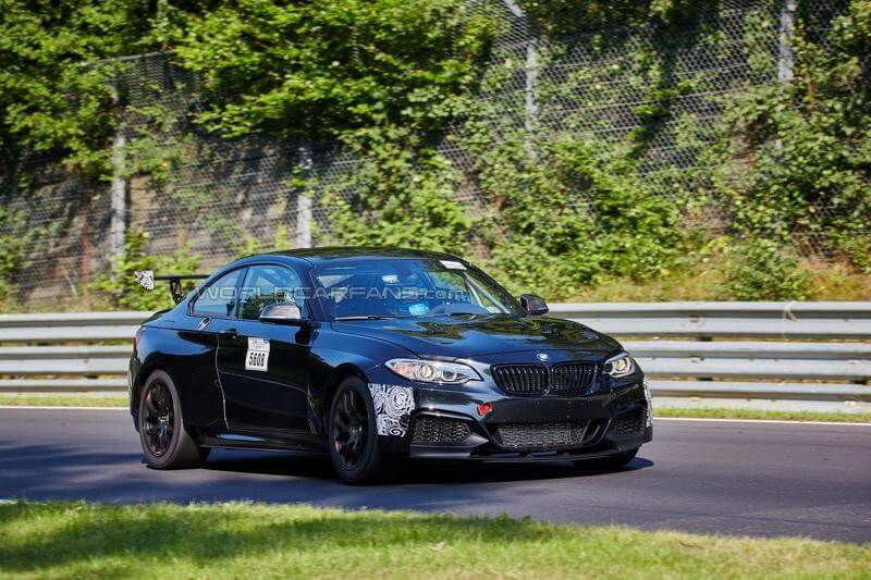 2015-5900792016-bmw-m235i-racing-racing-cup-spy-photo