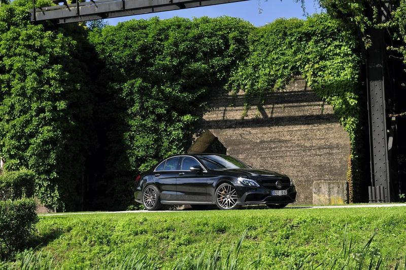2015-592229mercedes-amg-c63-s-by-brabus