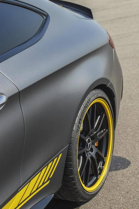 2015-594009mercedes-amg-c63-coupe-edition-1