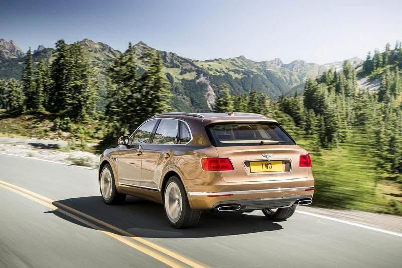 2015-595391bentley-bentayga