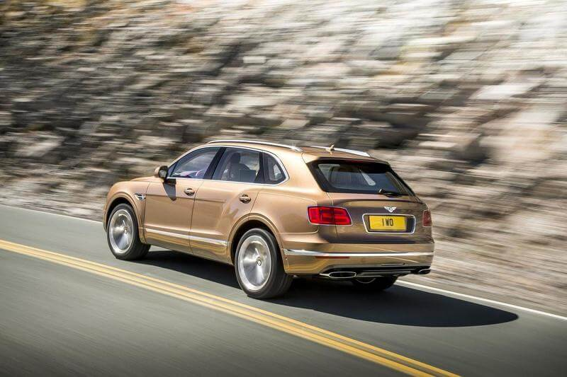 2015-595393bentley-bentayga