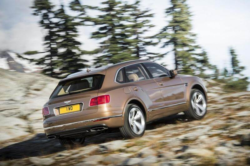 2015-595401bentley-bentayga
